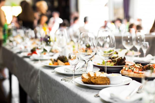 Catering cenik tudi na spletni strani vrhunskega ponudnika