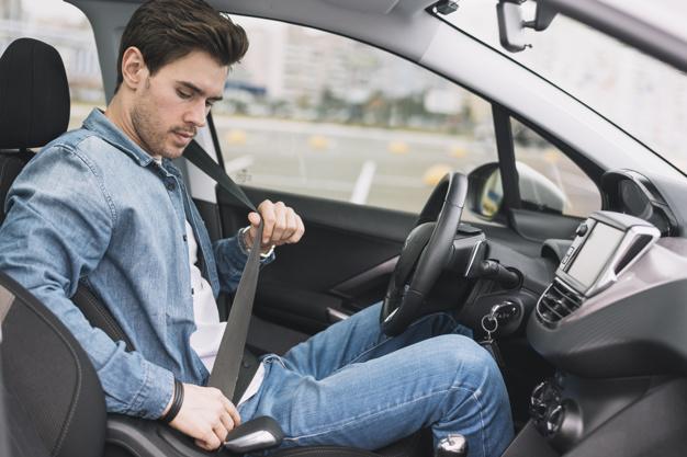 Kaj vključuje izpit za motor?