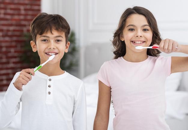 Zobni implantati vse pogosteje nadomeščajo izgubljene zobe